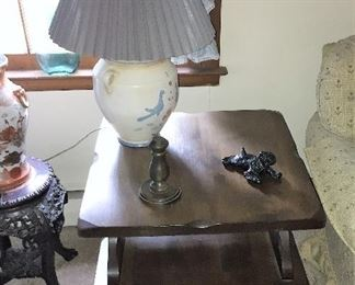 living room end table and lamp