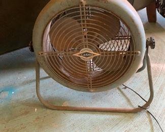 Vintage Electric Fan -- works!