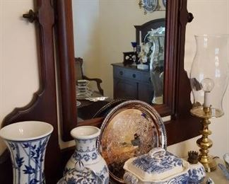 Blue and white china pieces