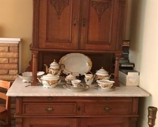 Victorian Cabinet, Walbrzych Poland China Set