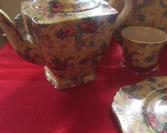More chintz teapots, cups and plates