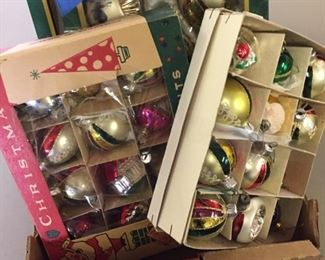 vintage Christamas ornaments-lots
