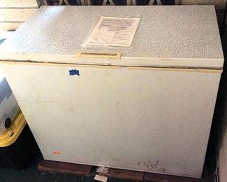 APC067 Frigidaire Chest Freezer