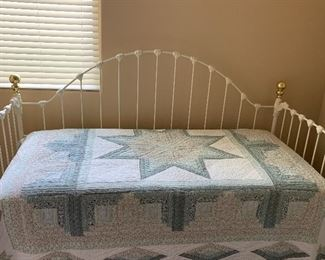 Vintage day bed with a pull out trundle under neath mattress sold separately both in new condition