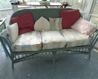 several pieces of this vintage wicker set, all painted the same color and in good condition