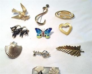 Vintage House pin by Lucinda