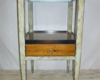 RY ACCENT TABLE WITH DRAWER