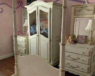 Bellini dressers armoire