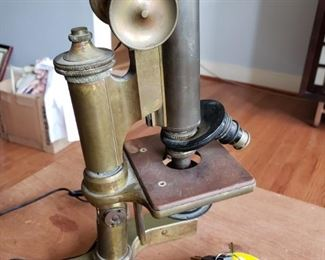 Bausch & Lomb Microscope No. 59425 – Antique
