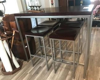Hi-top dining set