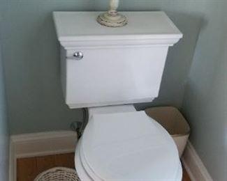 Kohler Memoirs toilet & pedestal sink