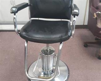 Black Vinyl Salon Chair