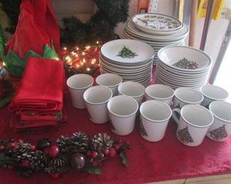 Table Linens & Christmas Dish Set