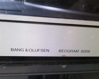 Vintage Record Deck--SOLD FOR PARTS ONLY!