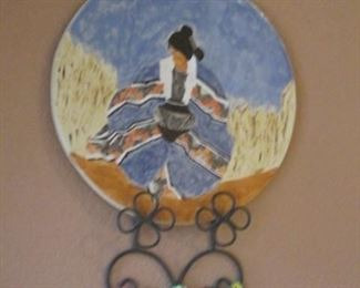 Decorative Plate in Wall Rack