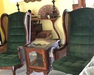 Pair of velvet chairs * small display end table