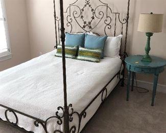 Queen bed no mattresses $250 sale pending
