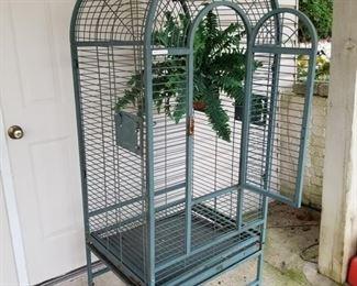 Round Top Standing Bird Cage on Wheels
