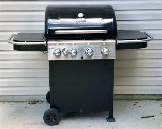 Char Broil Classic BBQ w/side burner