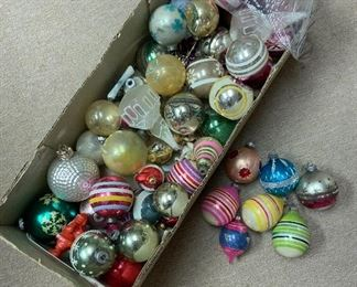 Lot of Vintage Ornaments
