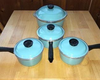 Club Aluminum turquoise cookware