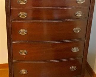 Duncan Phyfe style chest of drawers