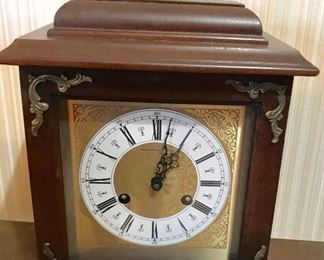 Hamilton mantle clock given as service gift by South Central Bell Telephone Co. in 1980
