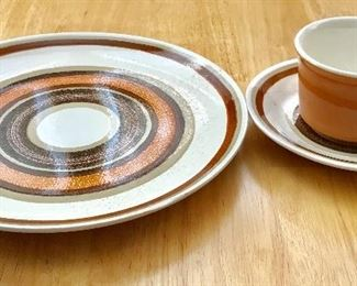 Cavalier ironstone 21 piece dish set