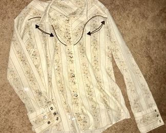 Vintage snap button shirt