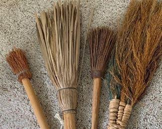 Asian hand broom