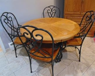 Round, Oak Kitchen Table