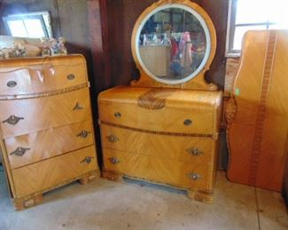 Matching dressers and head board