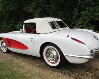 1959 Chev Corvette Convertible with Hardtop