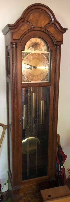 Howard Miller Grandfather Clock, Nice