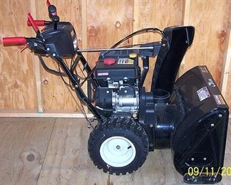 Craftsman 30 in. electric start power steering snow blower (like new)