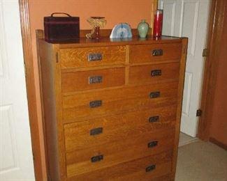 Mission style bedroom dresser