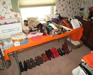 Purses and women's shoes