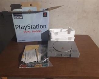 Playstation Dual Shock in Box