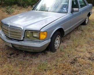 "1983 Mercedes 300SD Turbo Diesel- Parts car for the 81"" No title"