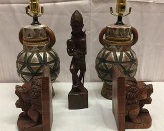 Wooden Lamp, statue and book ends https://ctbids.com/#!/description/share/236095