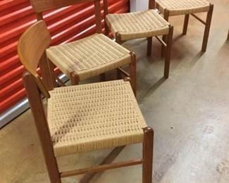Set of 4 Wood-Framed Dining Chairs https://ctbids.com/#!/description/share/236338