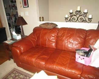 LEATHER SOFA (MATCHES RECLINER)