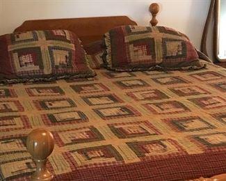 Full size bed ( head board/footboard ) no mattress