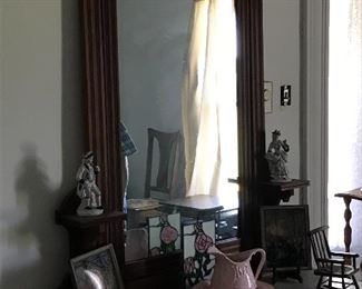 Dresser with marble top, mirror, nice collectibles