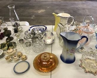 Glassware and old oil lamps