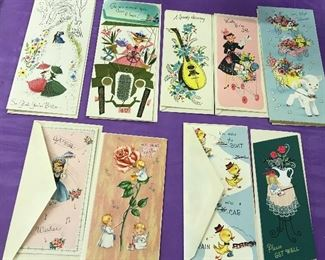 Vintage note cards and envelopes, box included