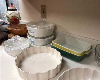 2 VINTAGE PYREX SOLD  HAVE REST