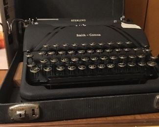 Vintage Smith-Corona typewriter in case