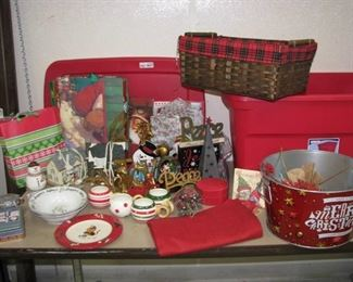 Christmas Decorations and Storage Tote