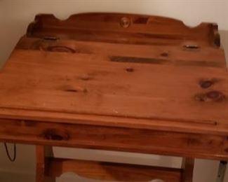 Knotty Pine Student Desk